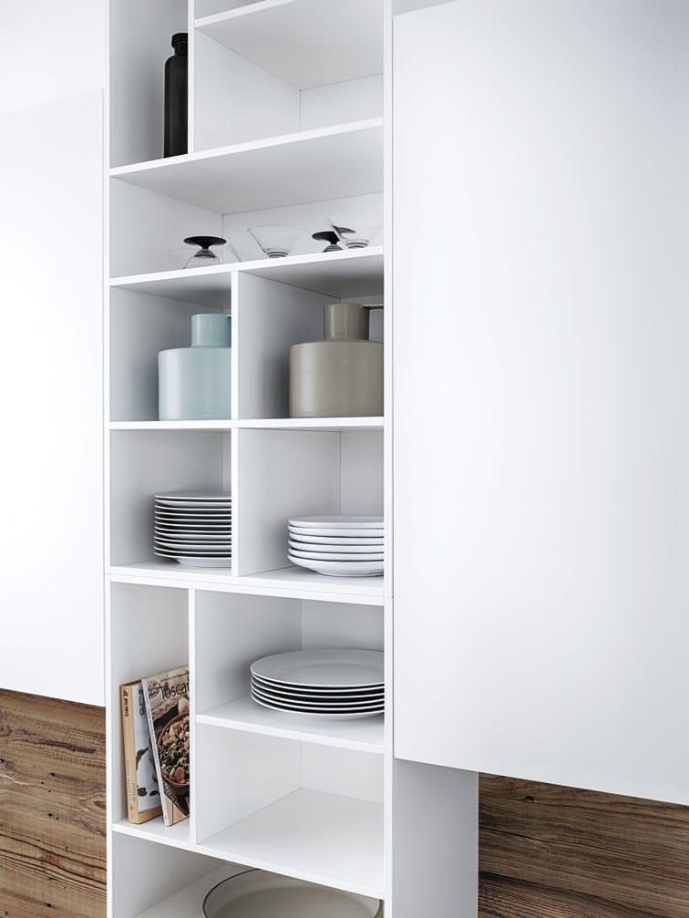 lackierte k che mit k cheninsel ohne griffe cloe composition 1 by cesar arredamenti design. Black Bedroom Furniture Sets. Home Design Ideas