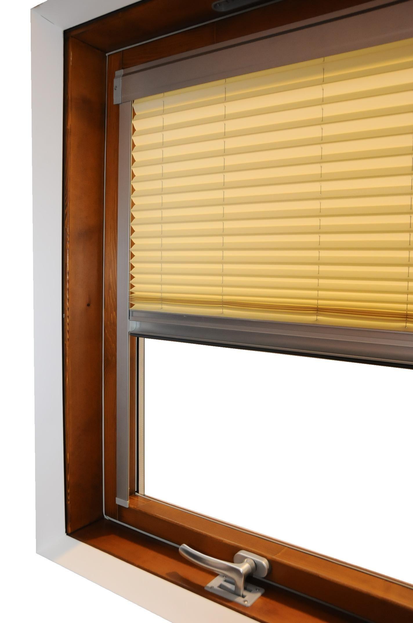 Doppie tende beige e bordeaux - Ikea zanzariere per finestre ...