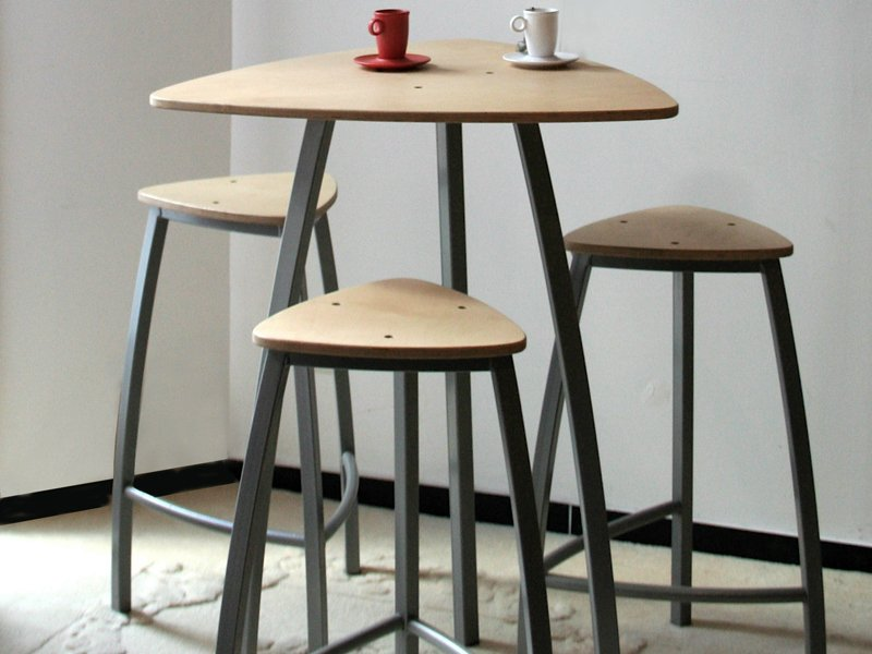 Delta high table by collection maison design arielle d for 12 bar blues table