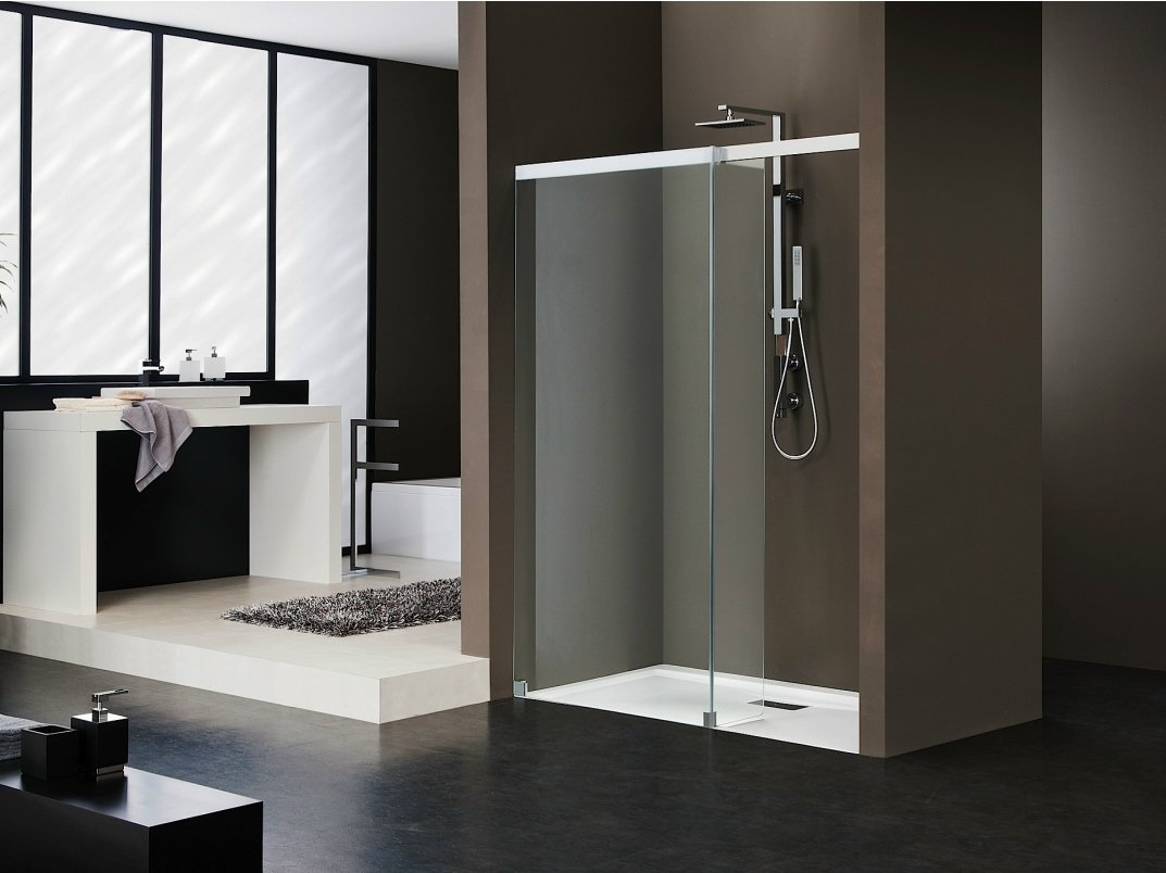 cabine de douche en niche en cristal libero 5000 by duka. Black Bedroom Furniture Sets. Home Design Ideas