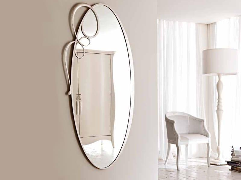 Specchio ovale a parete con cornice bizet by cortezari - Specchio ovale da terra ...