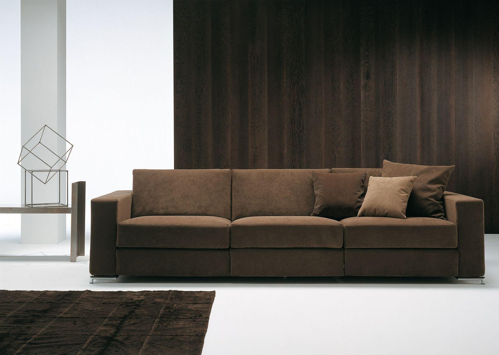 Divano relax a 3 posti con movimento elettrico forum by bodema design danilo bonfanti - Smontare divano poltrone sofa ...