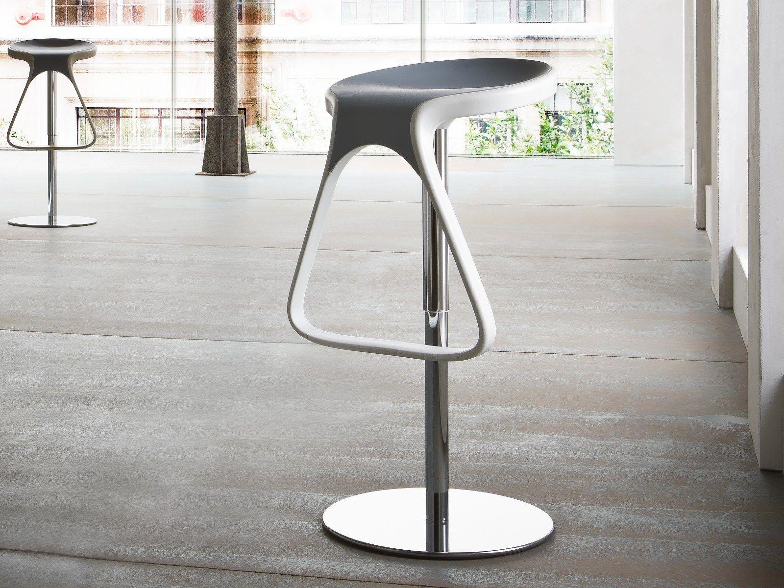 heightadjustable swivel stool octo by gaber design stefano sandonà -