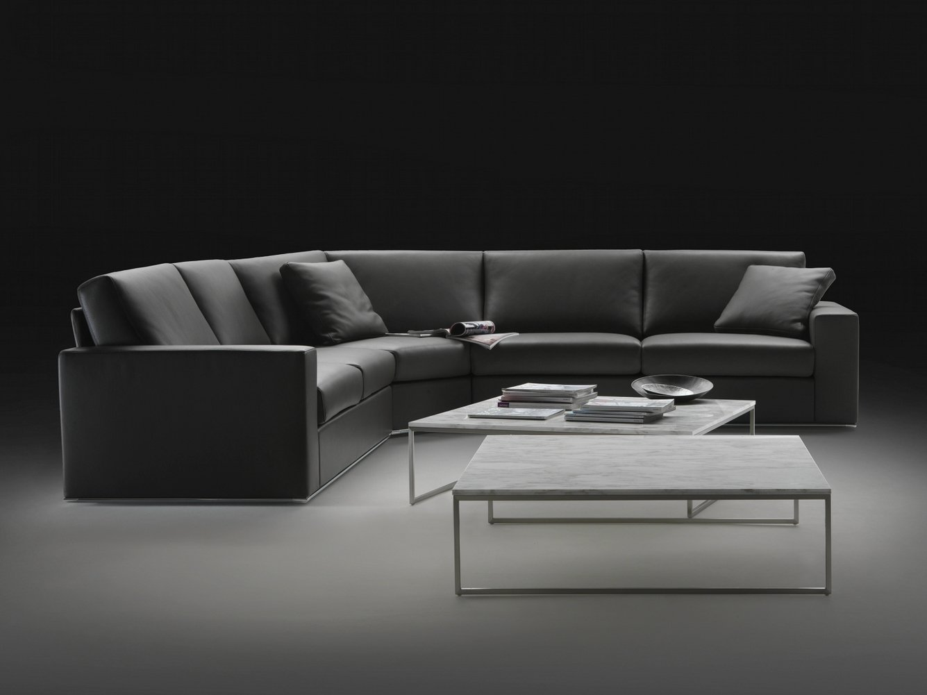 canap composable modulable en cuir milano by giulio marelli italia design studio crgm. Black Bedroom Furniture Sets. Home Design Ideas