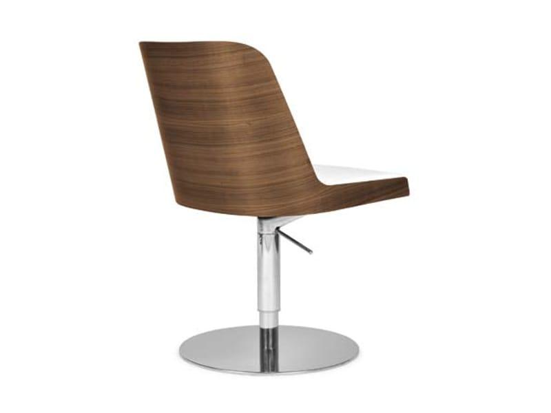 Marl ne chaise pivotante by riccardo rivoli design - Fauteuil reglable en hauteur ...