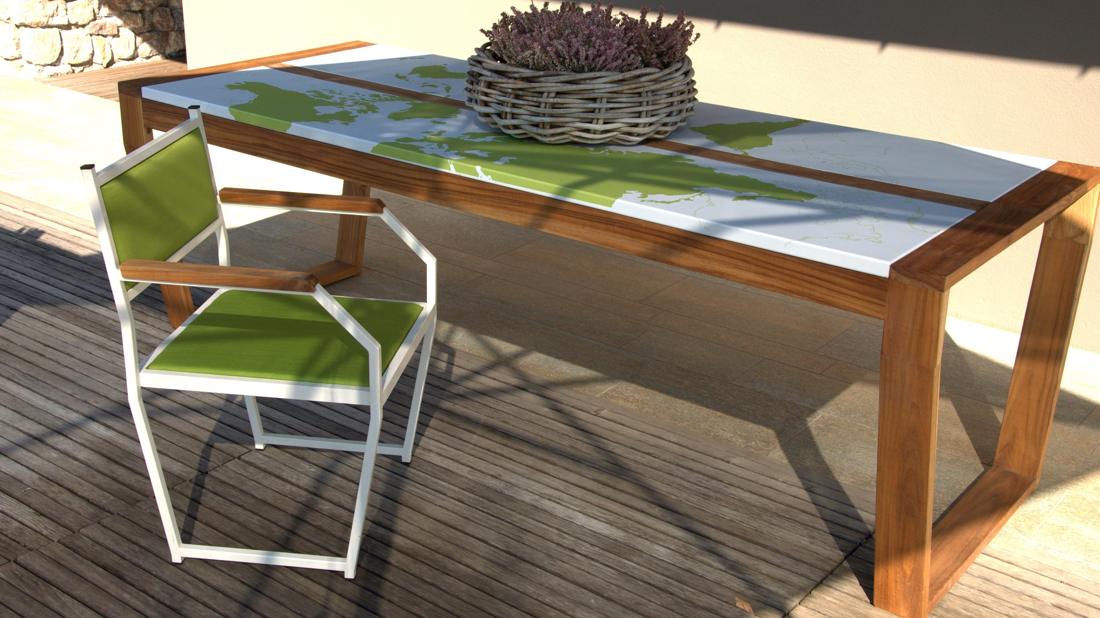 Table de jardin rectangulaire en bois oscar color by lgtek for Table de jardin coloree