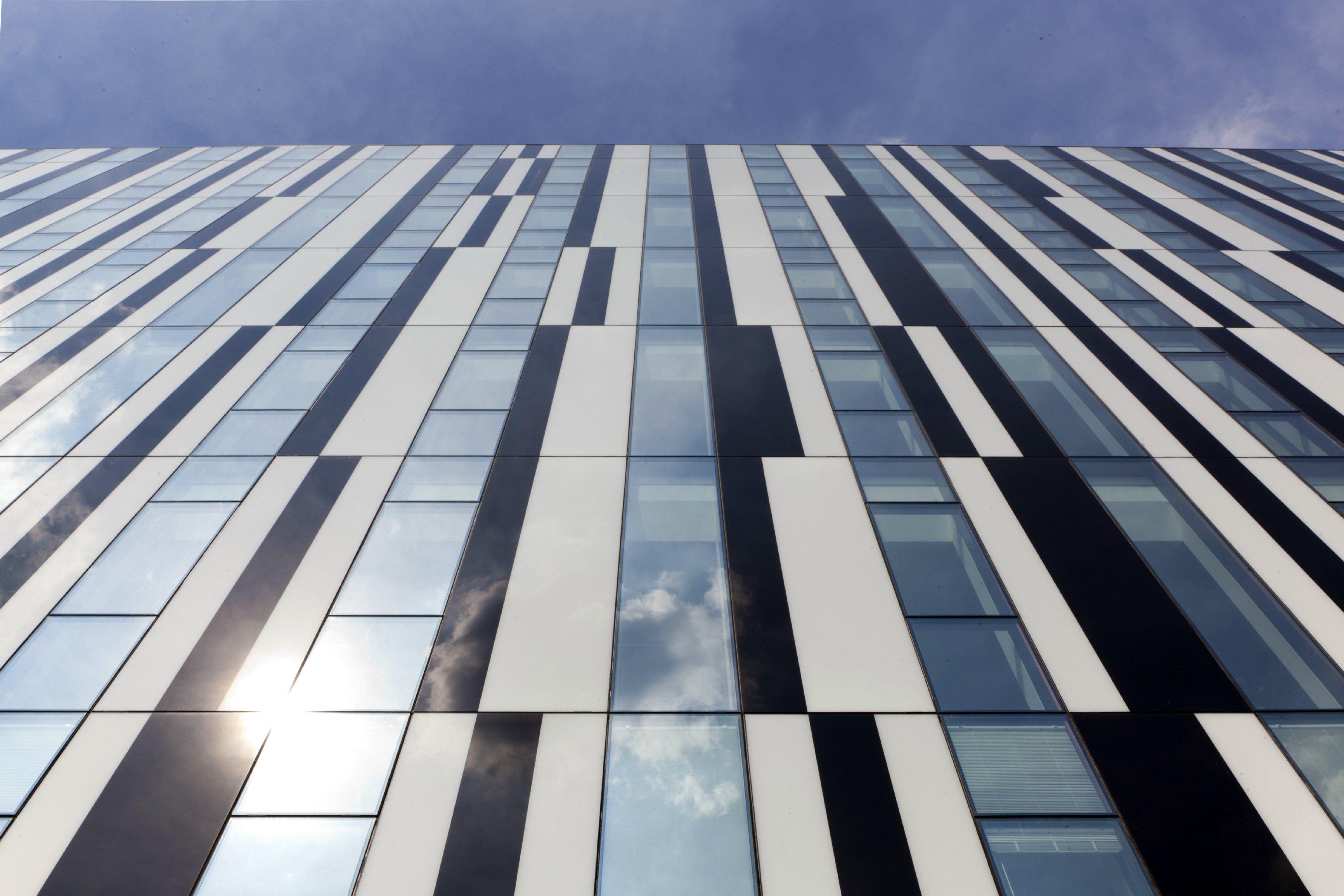 Curtain Walls Poliedra Sky 50 Cv By Metra