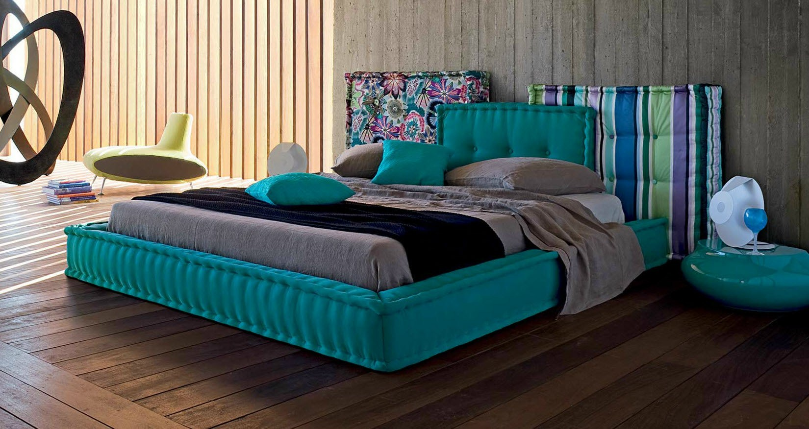 letto matrimoniale con testiera imbottita mah jong collezione les contemporains by roche bobois. Black Bedroom Furniture Sets. Home Design Ideas