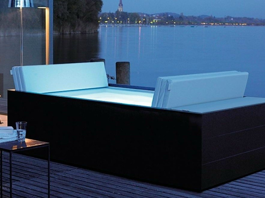sundeck spa by duravit design eoos. Black Bedroom Furniture Sets. Home Design Ideas