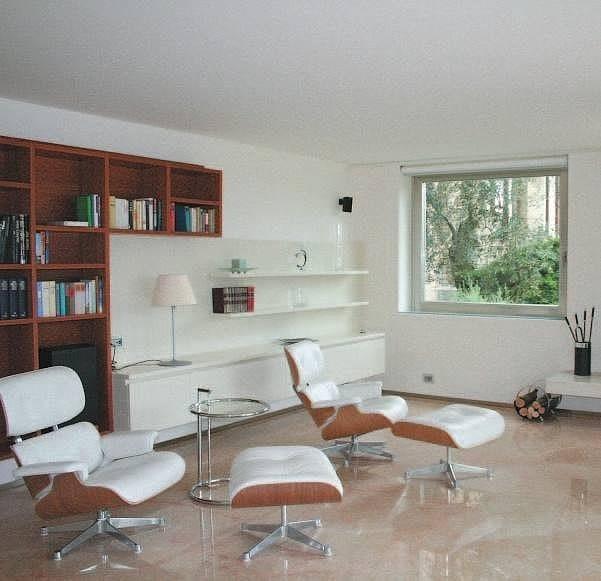Finestra a taglio termico con doppio vetro in alluminio for Finestre doppio vetro prezzi