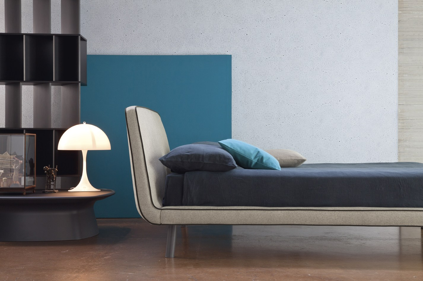 letto imbottito joe by bonaldo design mauro lipparini - Letto Imbottito Grigio Bloom Bonaldo