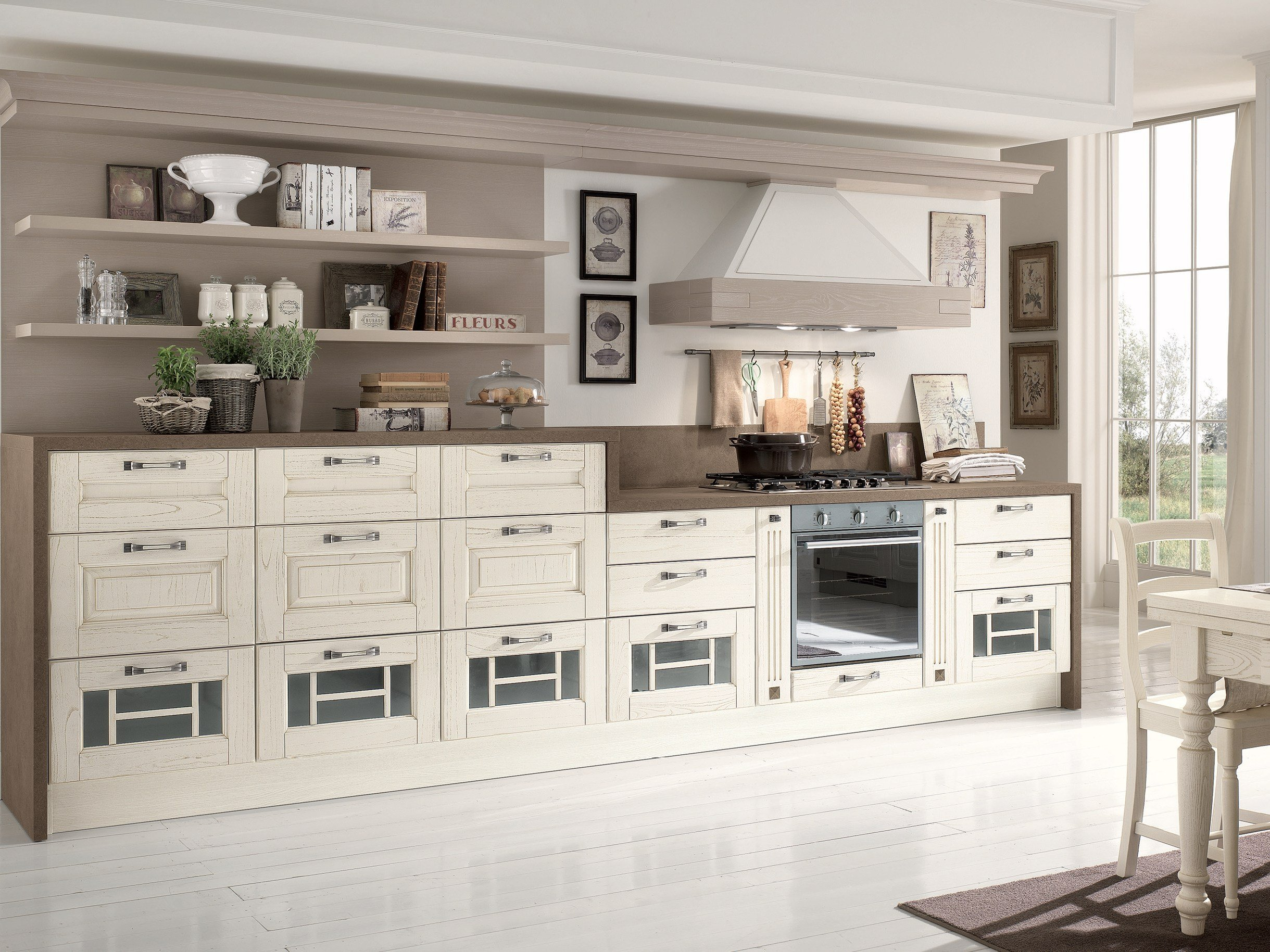 Laura cucina decapata by cucine lube for Occasioni mobili classici
