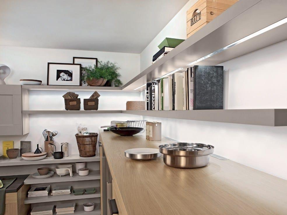 Pareti con mensole good libreria da parete in legno di castagno taglio tronco con mensole vista - Mensole per cucine ...