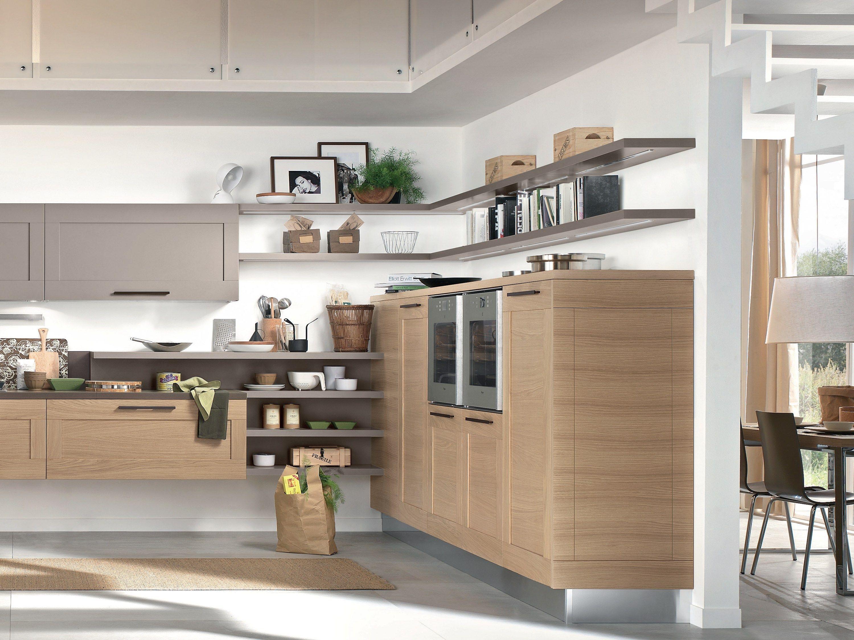 Gallery cucina con maniglie by cucine lube - Mensole per cucina ...