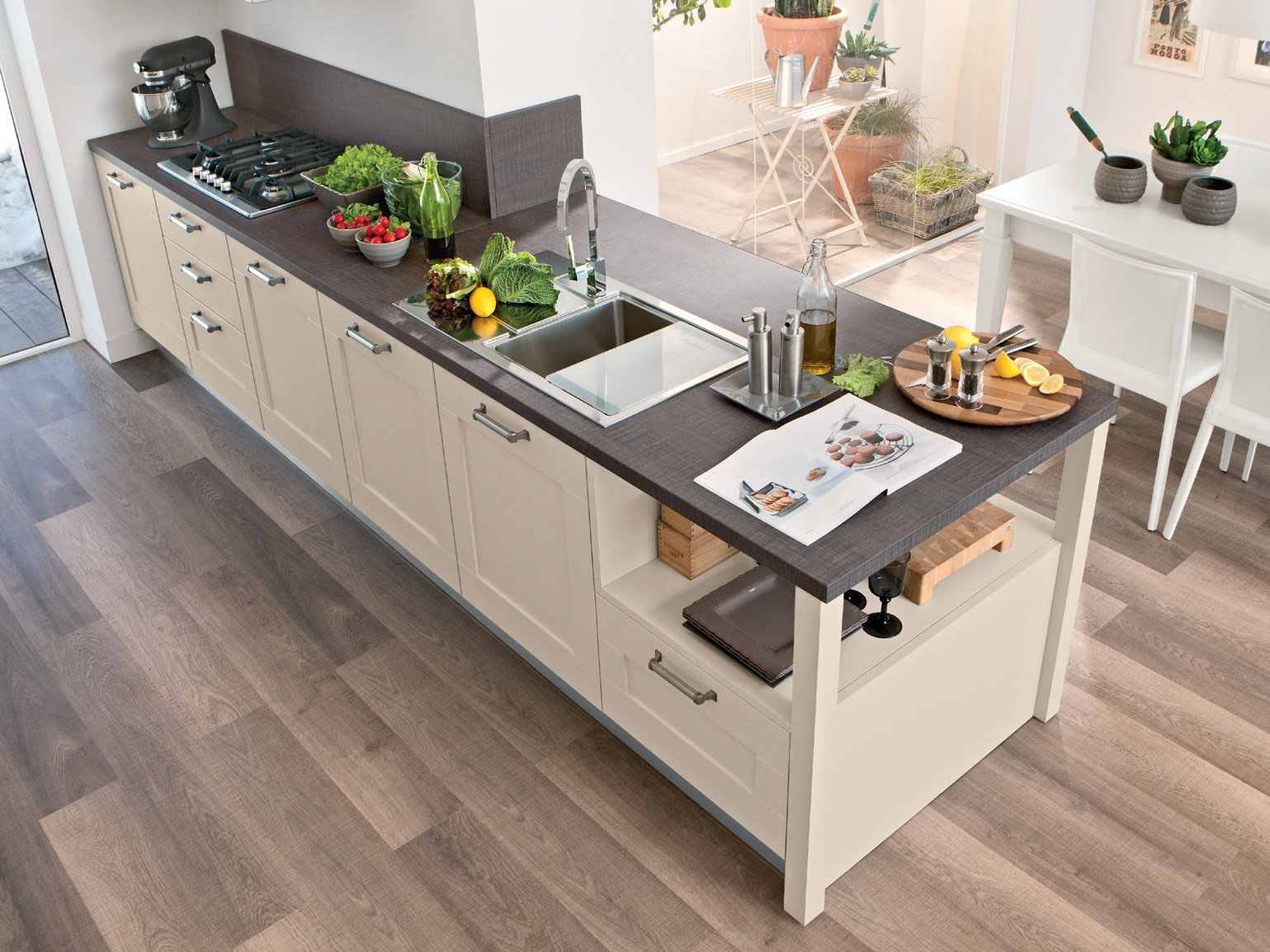 GALLERY | Lacquered kitchen By Cucine Lube