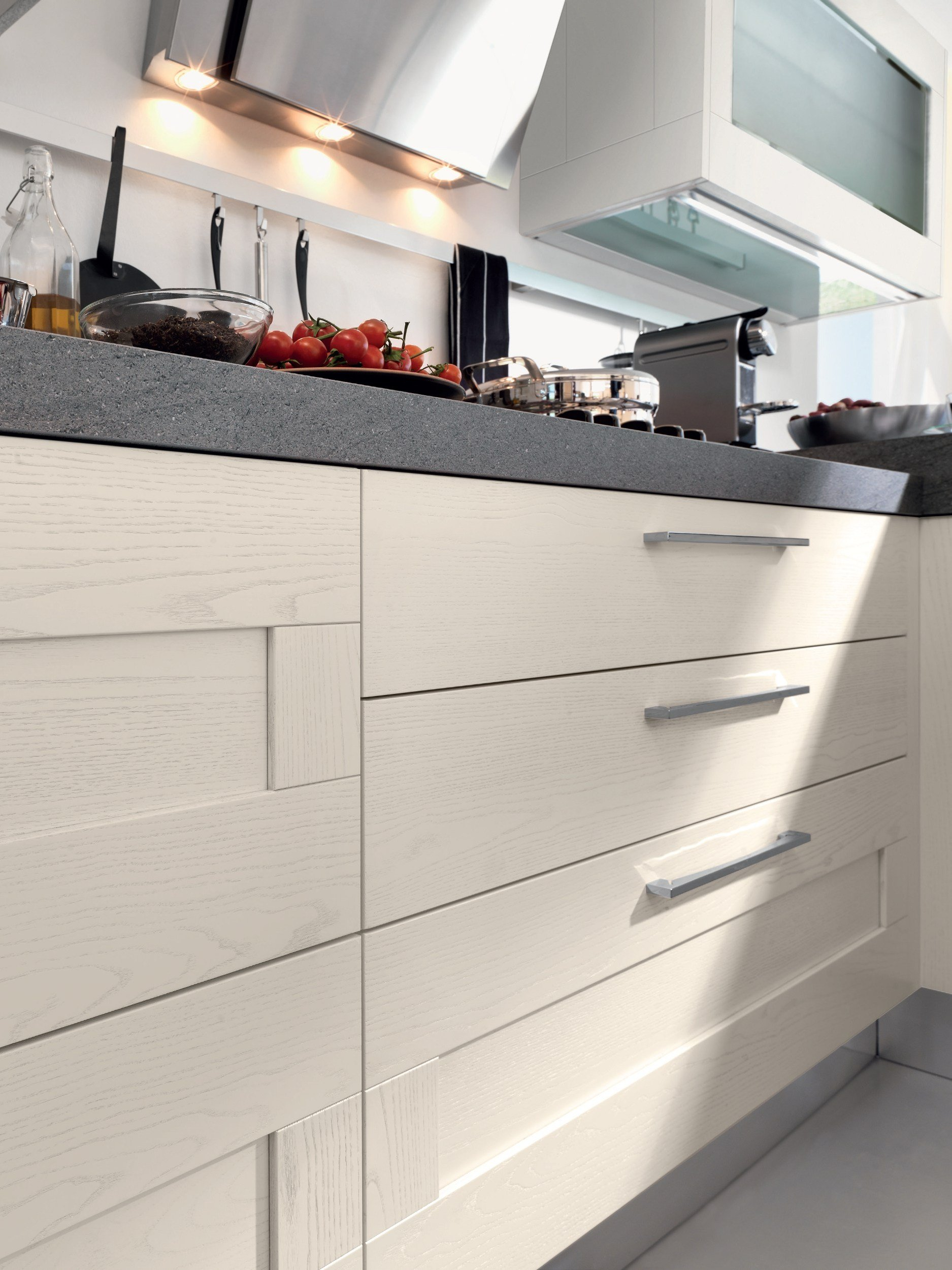 gallery kitchen with handles by cucine lube