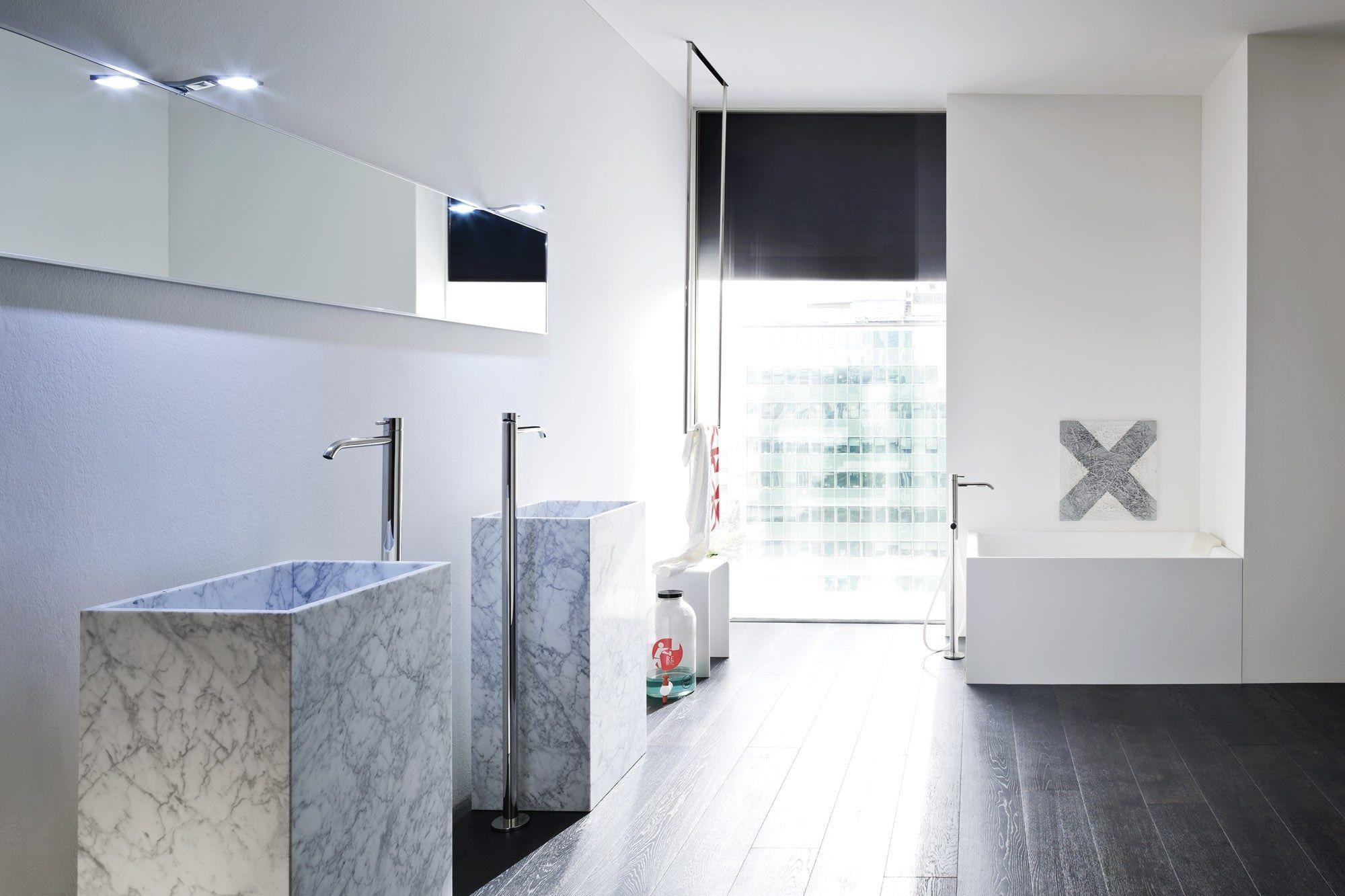 unico lavabo en marbre de carrara by rexa design design imago design. Black Bedroom Furniture Sets. Home Design Ideas