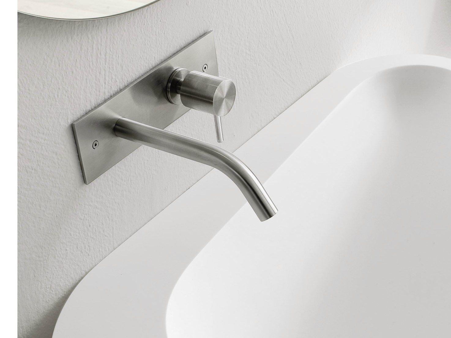 Grifo para lavabo de pared colecci n brezza by rexa design for Grifo pared