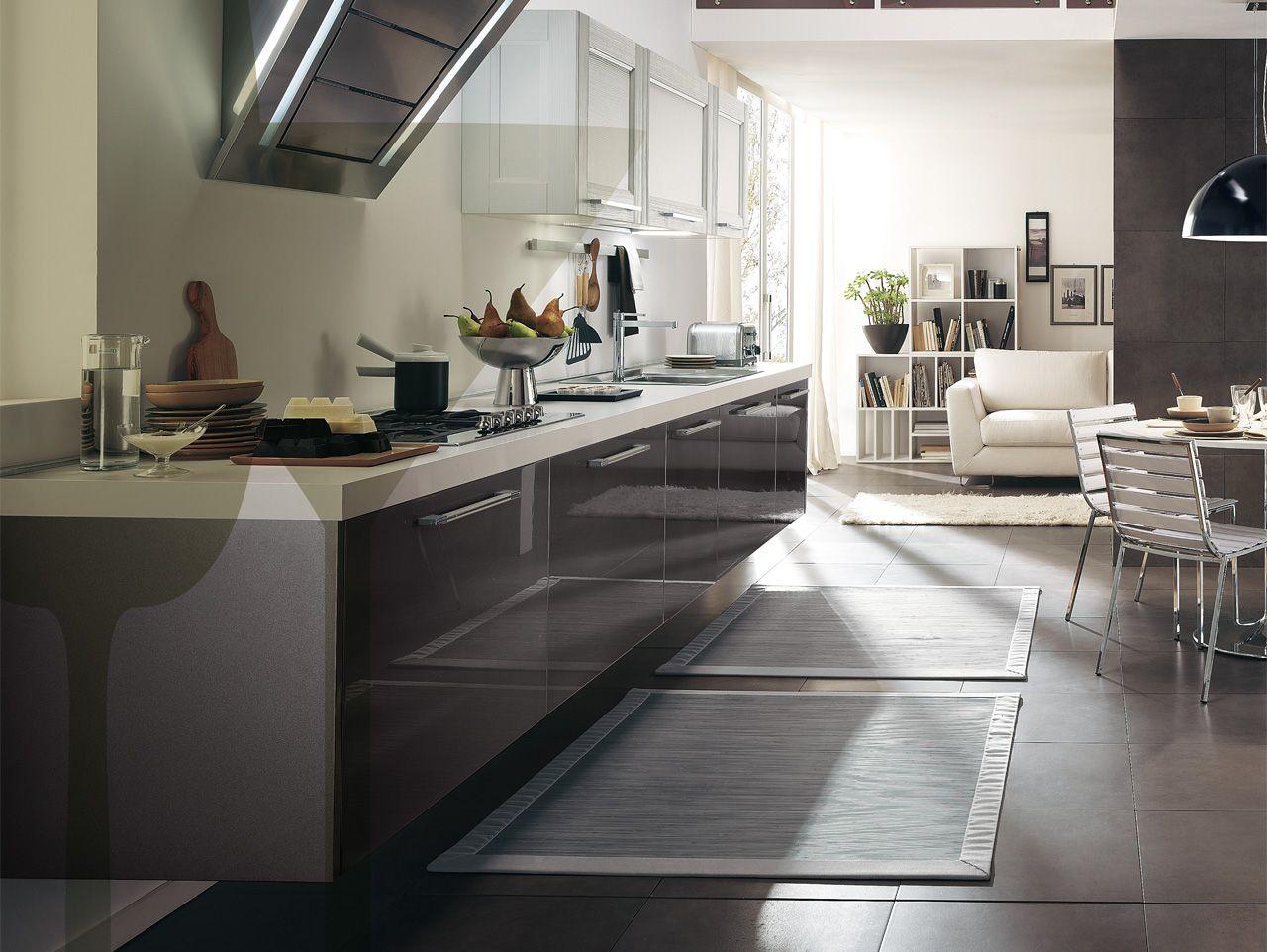 Cucina In Legno Massello Con Maniglie #766D55 1280 962 Foto Di Cucine In Stile Provenzale