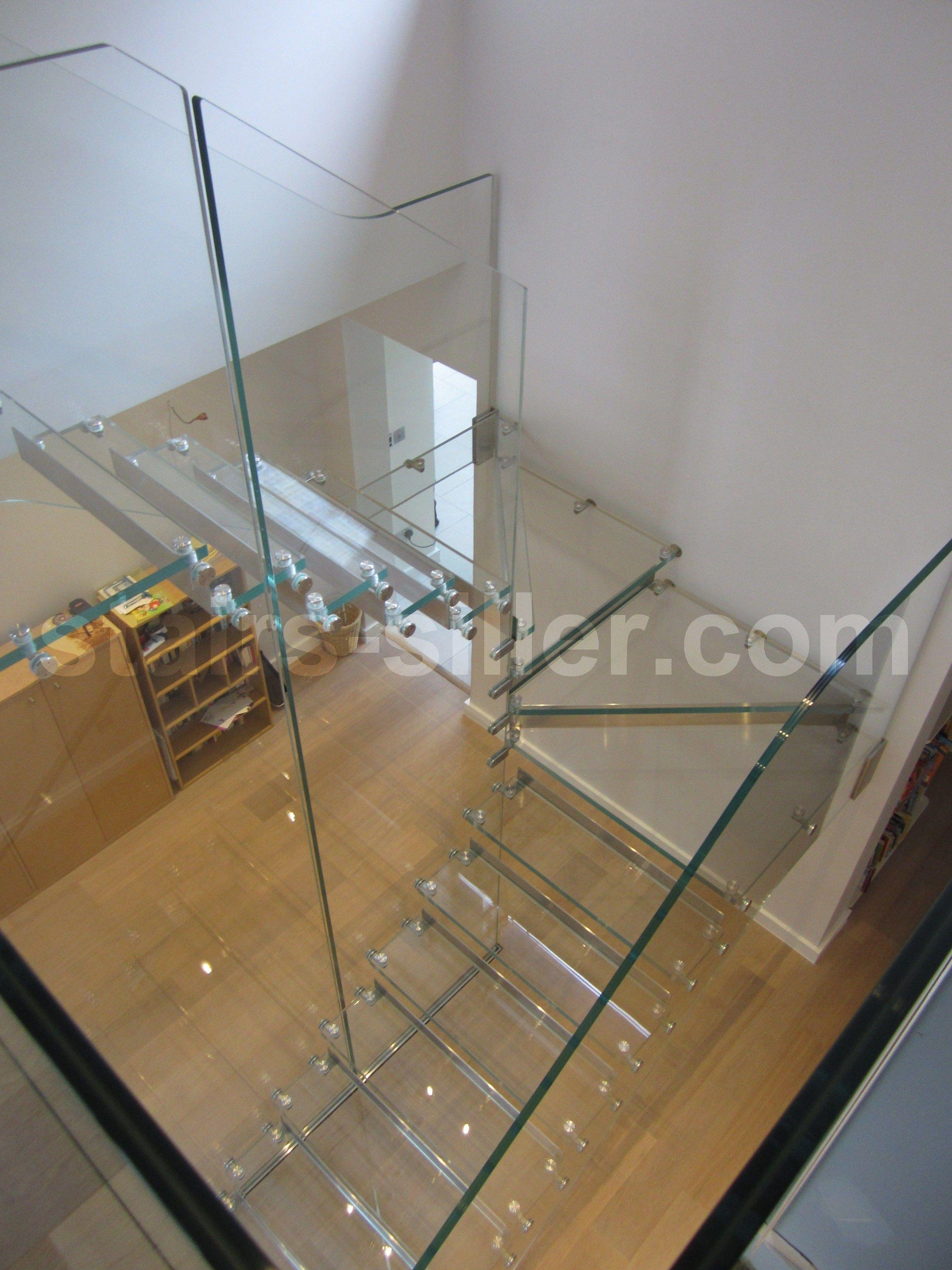 freitragende wangentreppe aus edelstahl und glas all glass low iron offene treppe aus. Black Bedroom Furniture Sets. Home Design Ideas