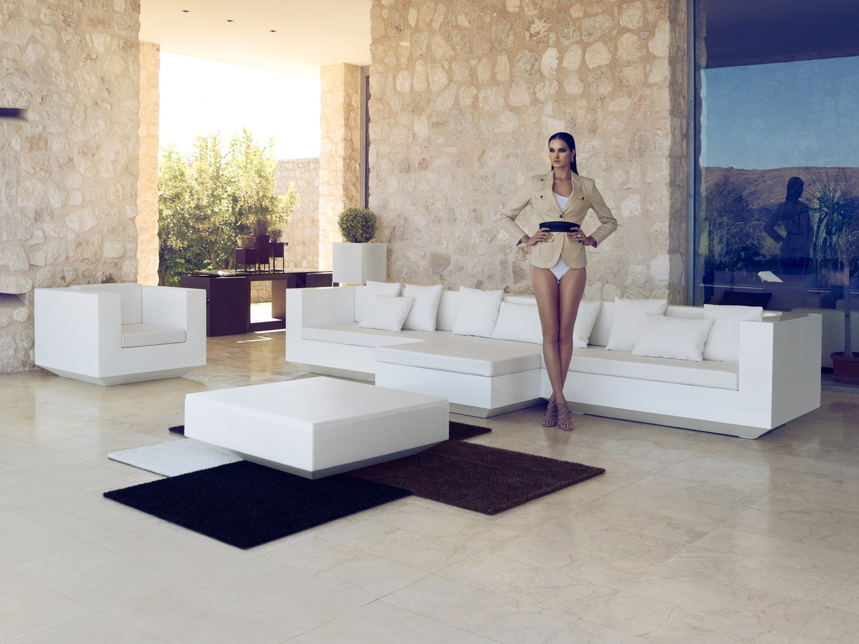 vela outdoor rug by vondom design ram n esteve. Black Bedroom Furniture Sets. Home Design Ideas