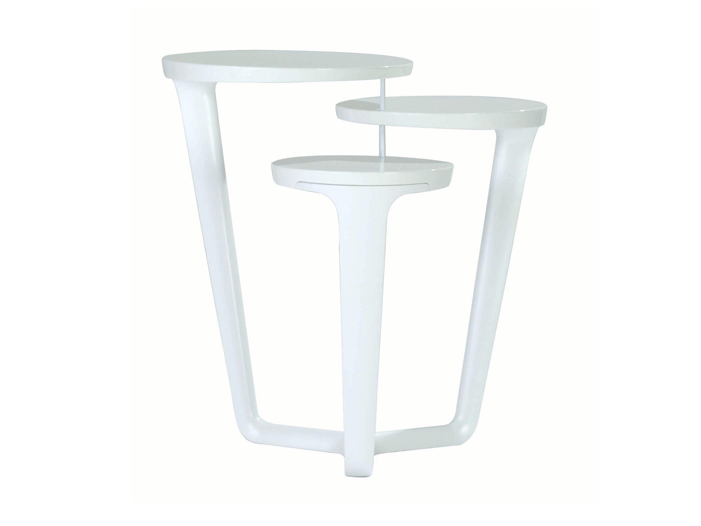 Table basse ronde en polyur thane ora ito collection les for Table ora ito