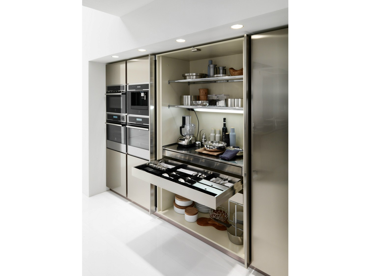Cucina in acciaio inox filofree steel by euromobil design roberto gobbo - Cucina in acciaio inox ...