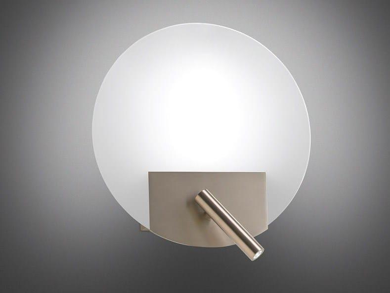 Flat lampada da parete in ferro e vetro by alma light design josep novell ernest perera - Lampade da lettura a letto ...