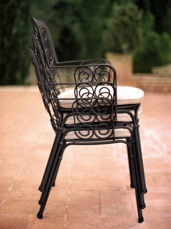 petit fauteuil de jardin empilable en acier collection. Black Bedroom Furniture Sets. Home Design Ideas