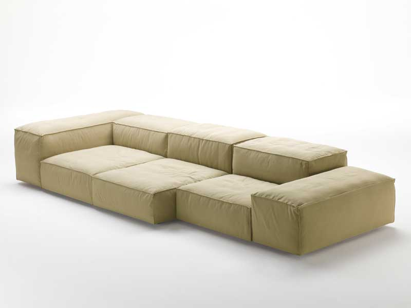 Modular sofa extrasoft by living divani design piero lissoni for Sofas modulares baratos