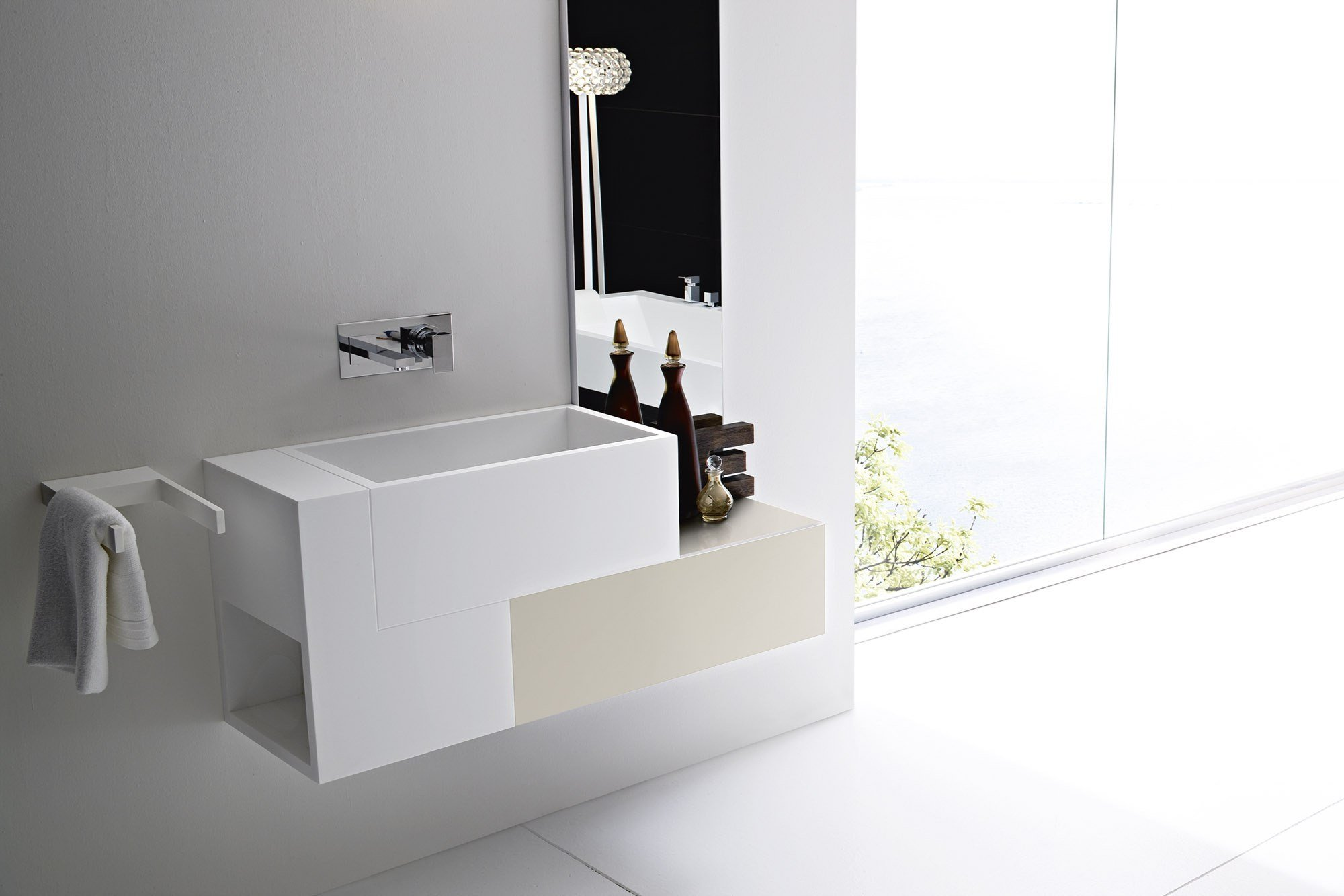 Argo meuble pour salle de bain avec tiroirs by rexa design for Meubles pour salle de bain
