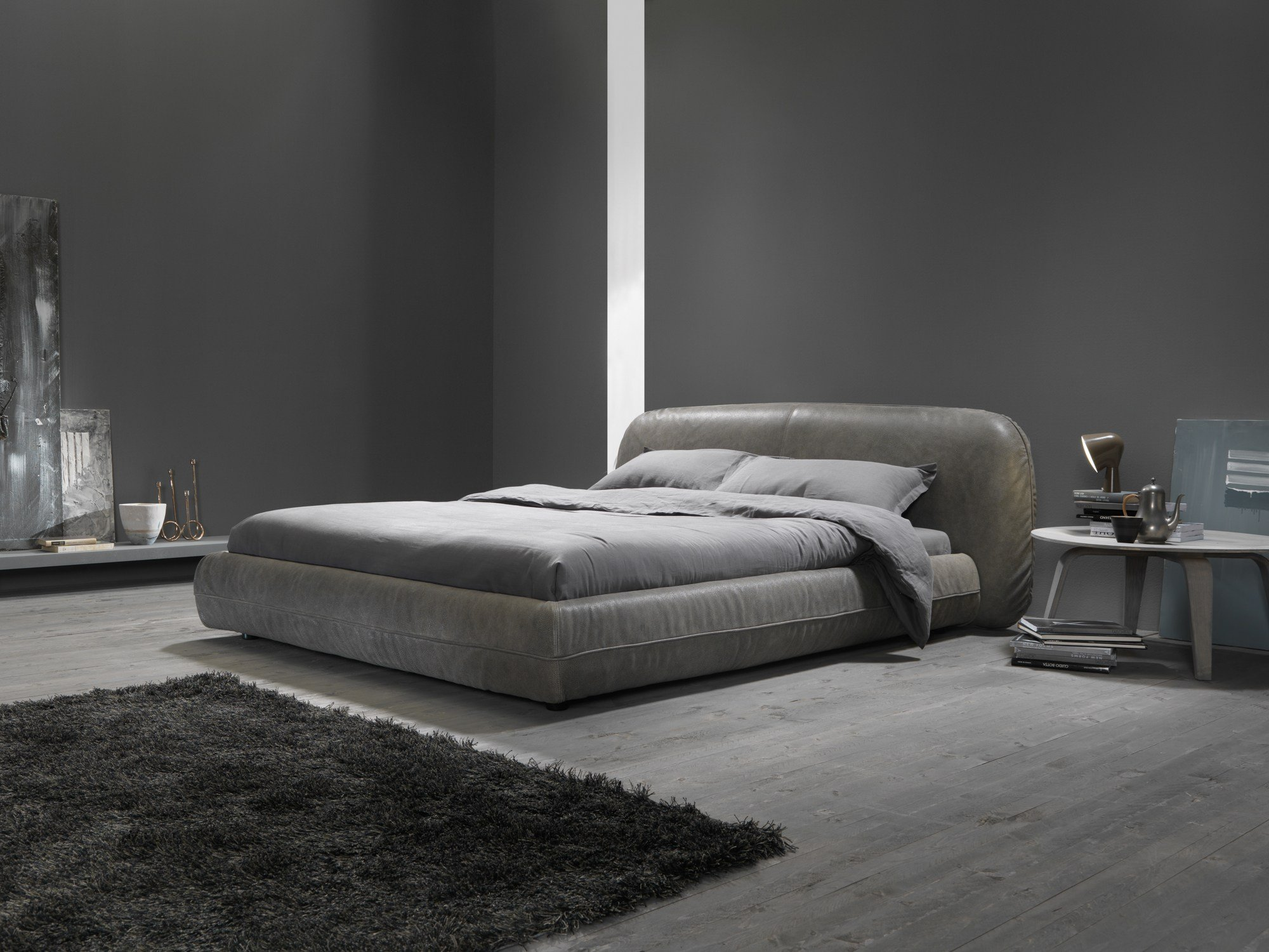 Upholstered double bed rolling by my home collection design carlo trevisani - Schorsing stijl atelier ...