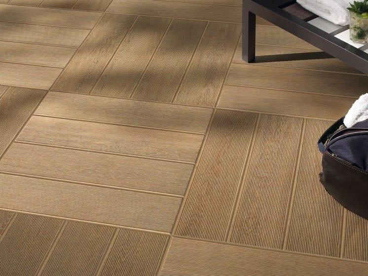 pisos para baos imitacion de exterior de gres porcelnico imitacin madera doghe di pisos para baos imitacion madera