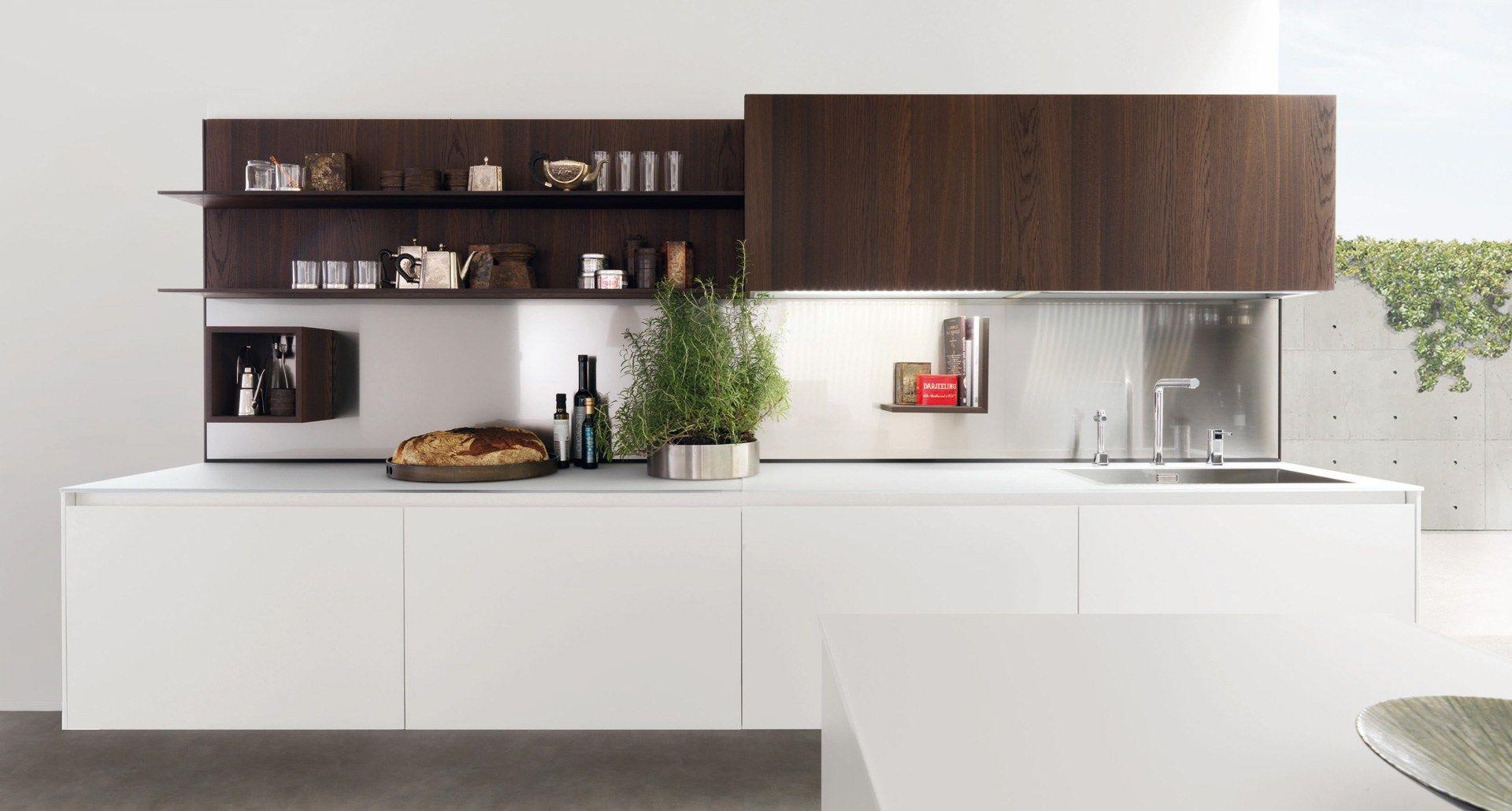 Parete attrezzata con mensole per cucine e living horizon - Mensole per cucine ...
