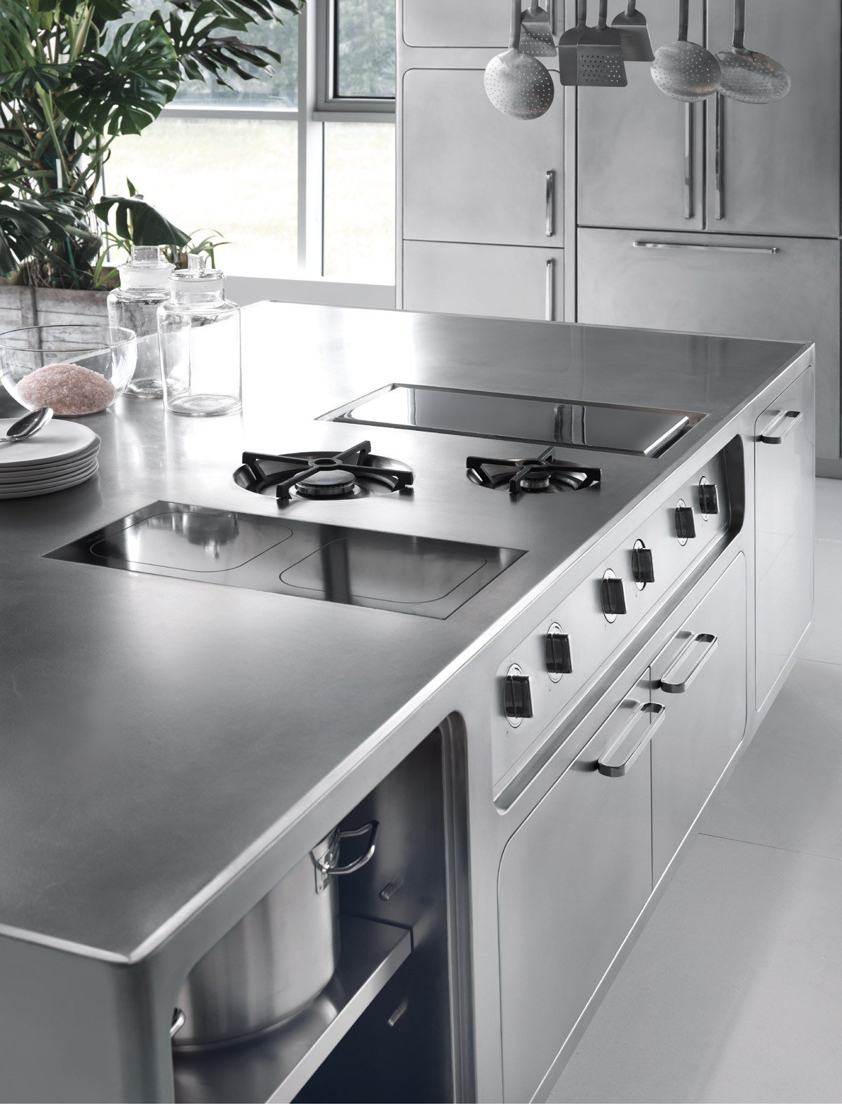 Professional stainless steel kitchen ego by abimis is a for Extractores de cocinas