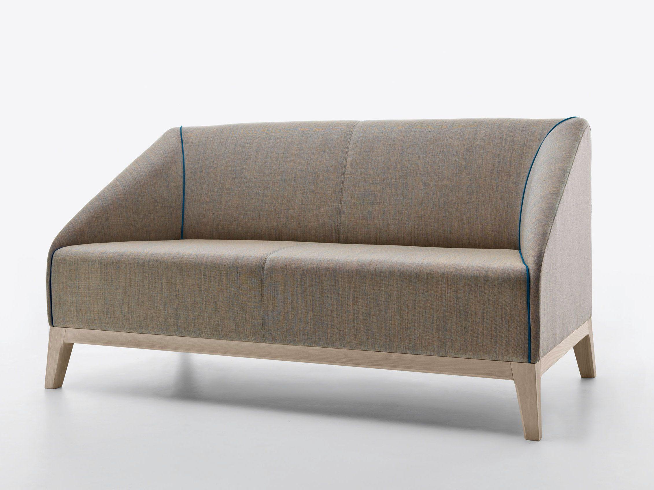 Ricerche correlate a divano letto a castello mondo for Divano 2 posti mondo convenienza