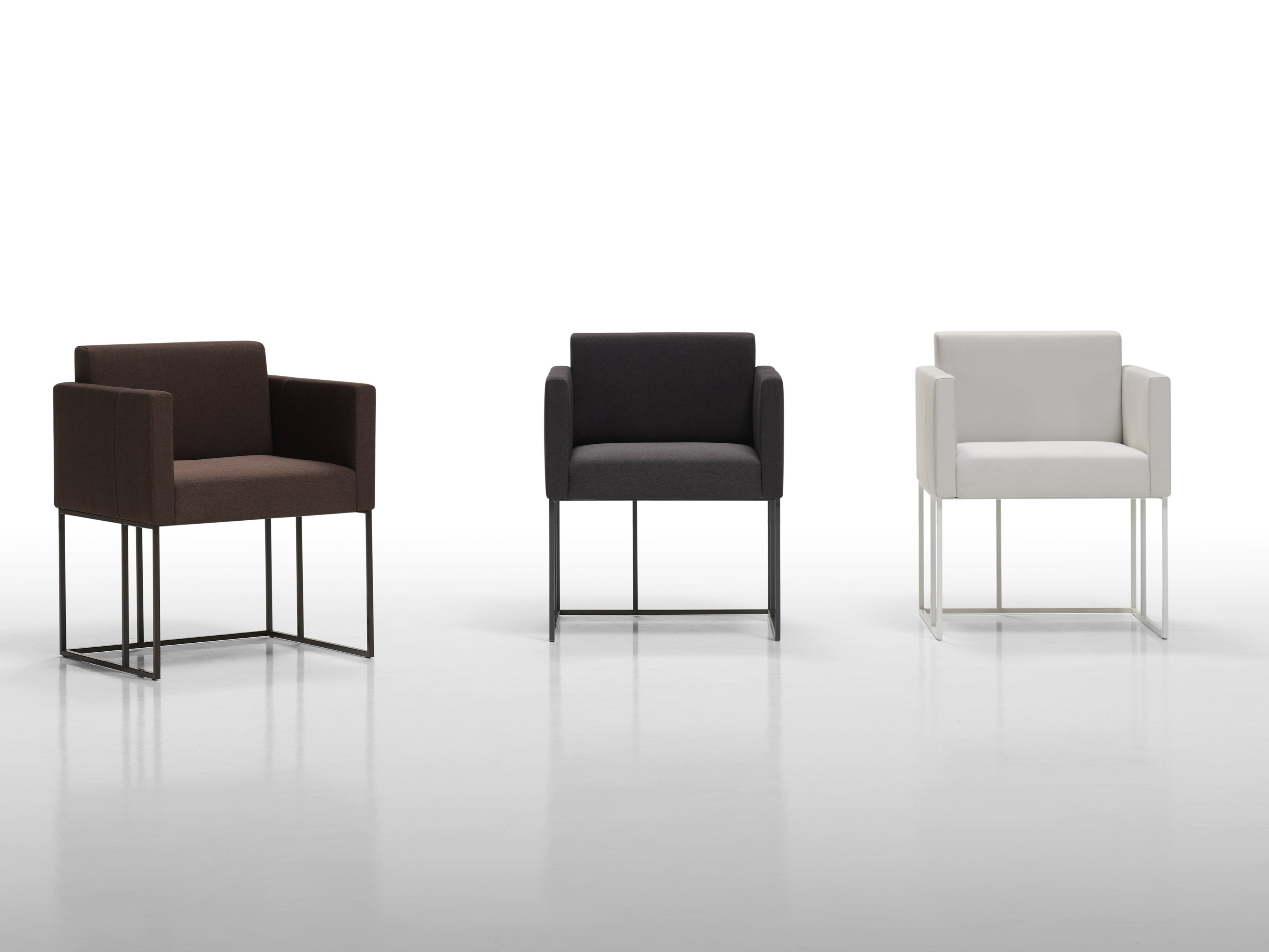 Elements xs petit fauteuil by inclass mobles design ram n for Sillones para oficina modernos