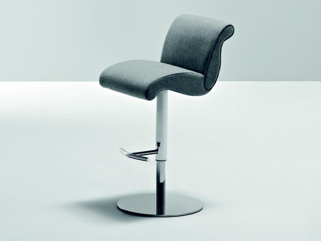 genesis chaise de bar by la cividina design gianni rossetti. Black Bedroom Furniture Sets. Home Design Ideas