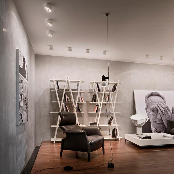 halogen spotlight aus aluminium wan spot by flos design. Black Bedroom Furniture Sets. Home Design Ideas