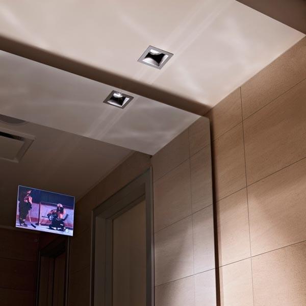 spot halog ne pour plafond encastrable en aluminium moul micro battery by flos design ferdinand. Black Bedroom Furniture Sets. Home Design Ideas