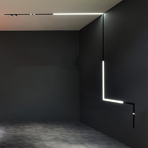 Led Track Light The Running Magnet Spot By Flos