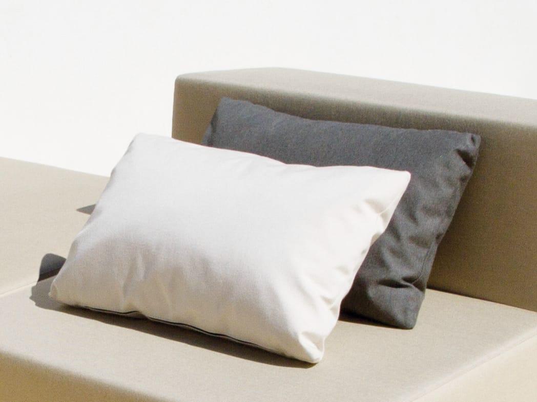 Coussin rectangulaire en tissu pour canap bob by april for Coussin rectangulaire pour canape
