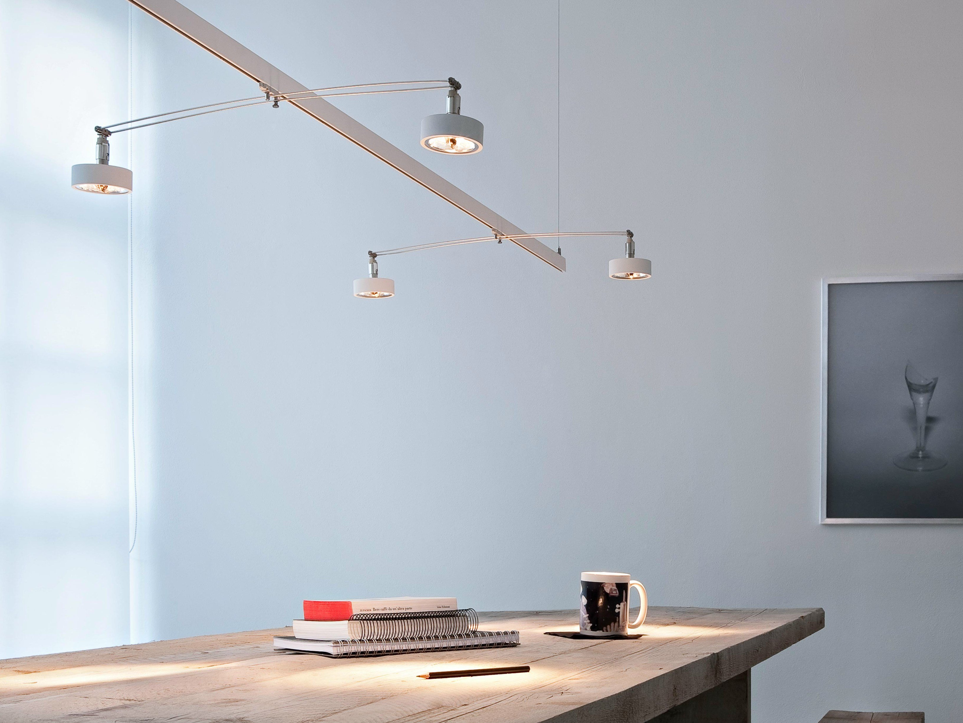 Illuminazione a binario a LED in alluminio LIGHTLIGHT® PENDANT by FLOS design Hans Buschfeld