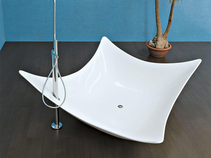 Freistehende badewanne aus pietraluce® leggera by ceramica ...