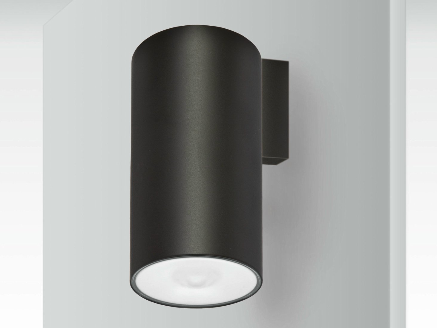 lens wall mounted emergency light by daisalux. Black Bedroom Furniture Sets. Home Design Ideas