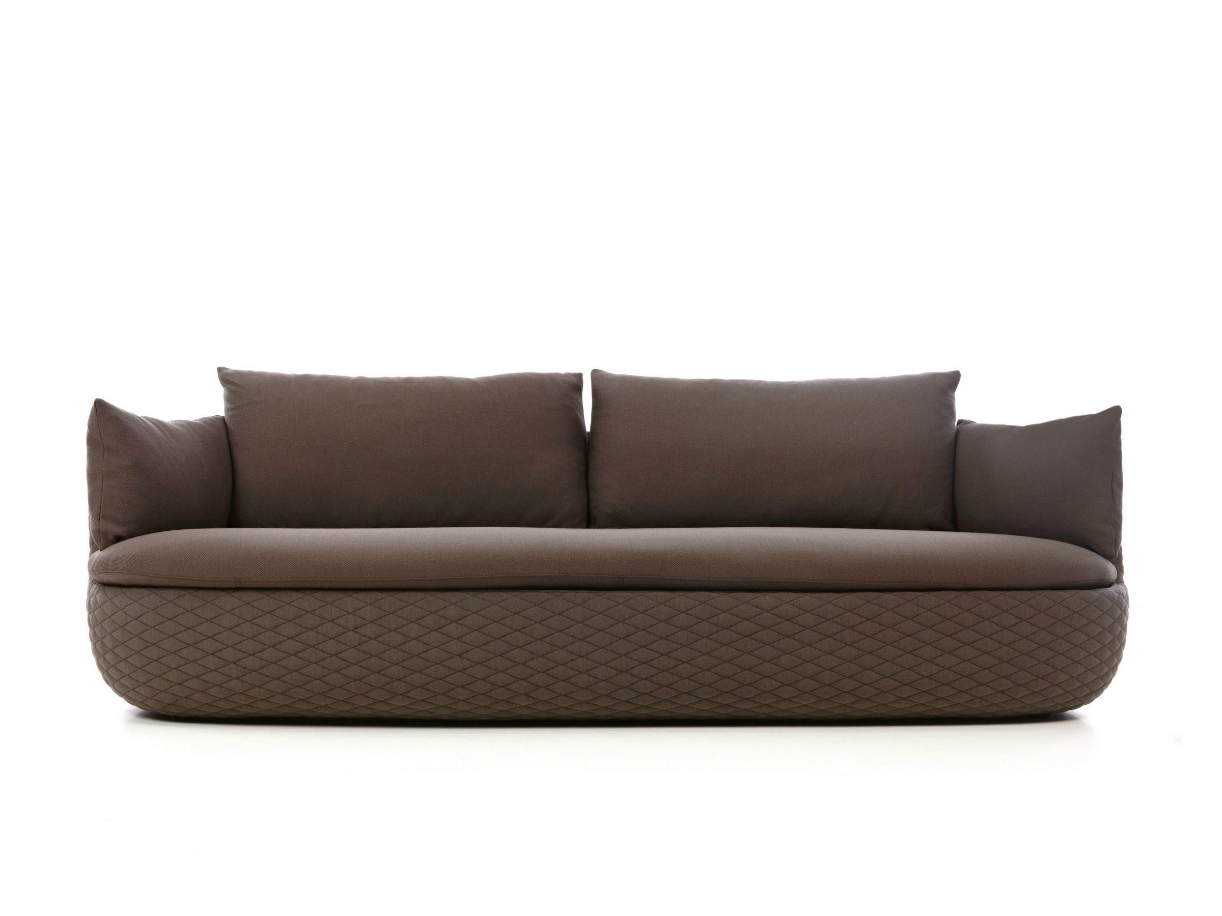Divano sfoderabile in dacron bart sofa by moooi design for Divano sfoderabile