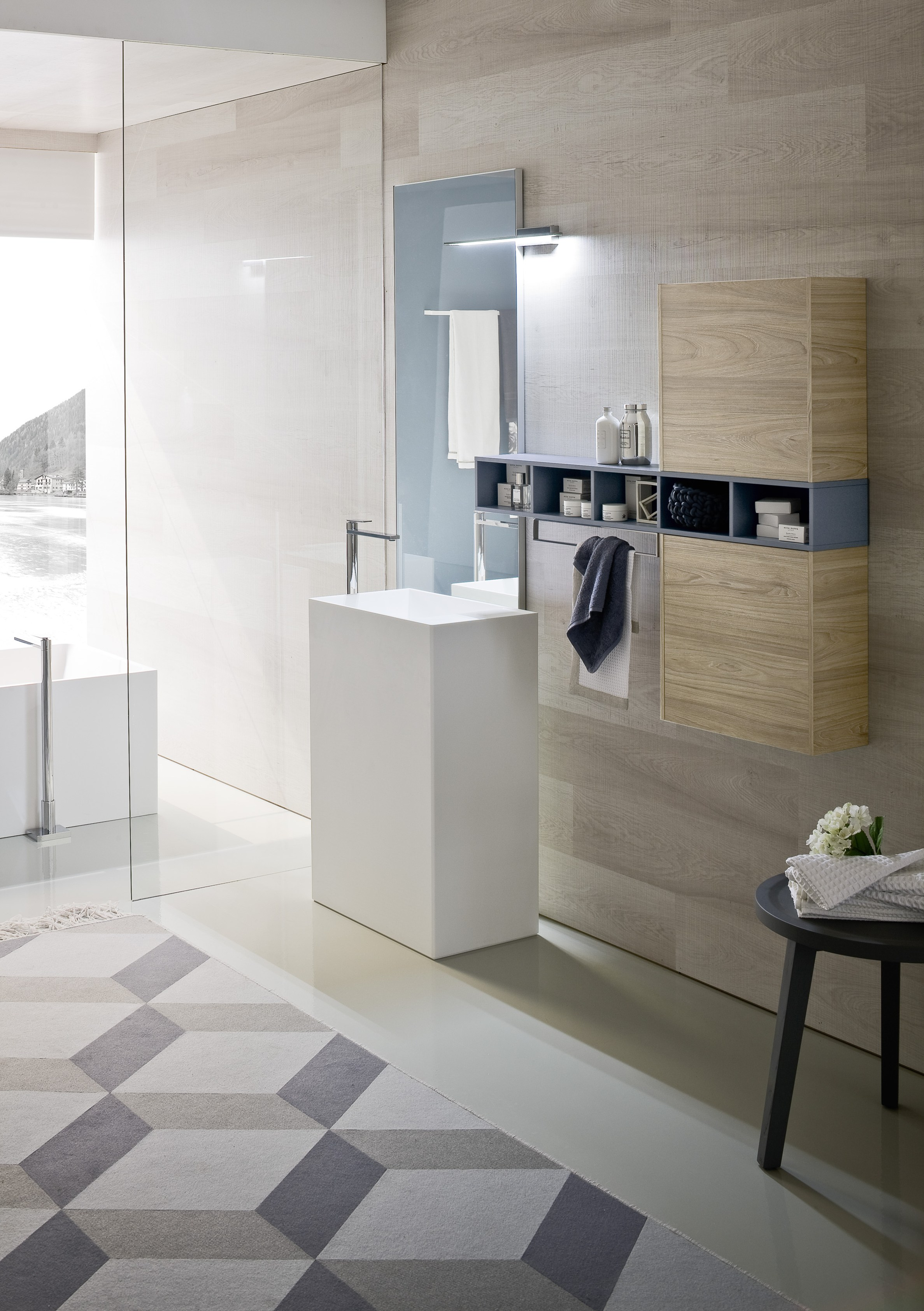 Comp n04 arredo bagno completo by ideagroup for Arredo bagno completo