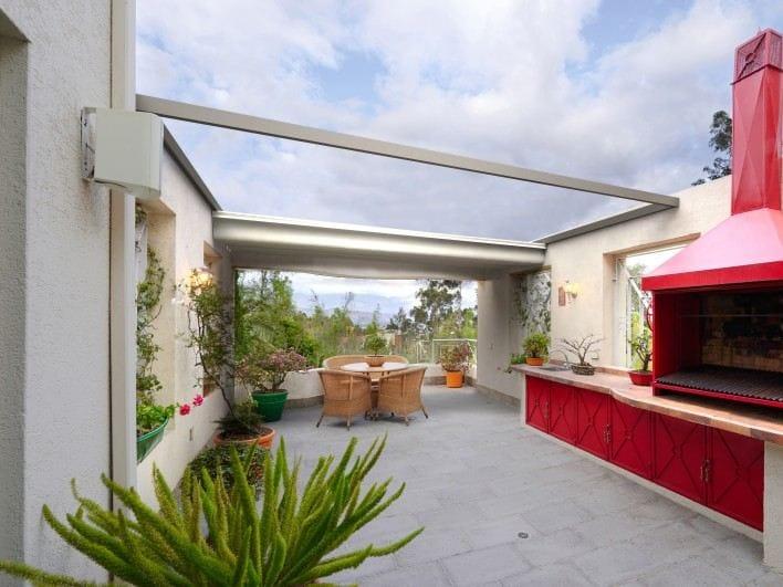 Motorized aluminium pergola roof 90 140 privilege - Arquati sala baganza ...