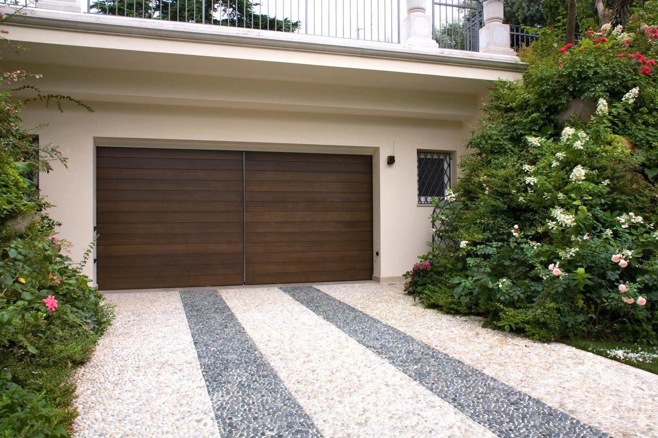 Portone da garage by Capoferri Serramenti