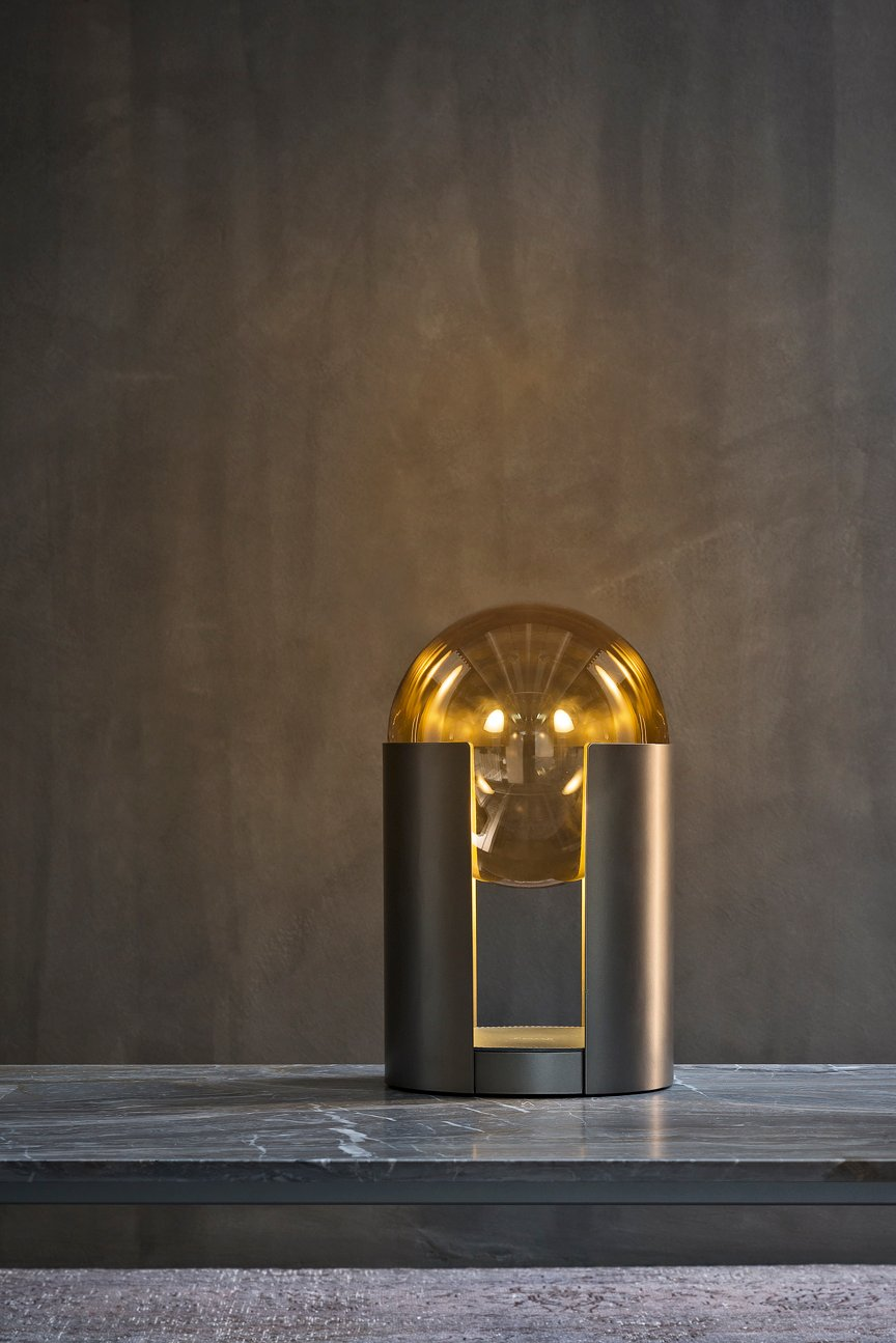 Softwing table lamp softwing collection by flou design for Carlo colombo